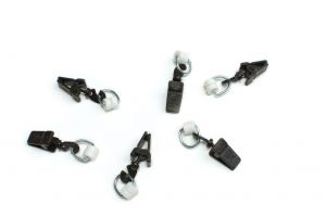 Plastic clips with roller for I-profile wenge