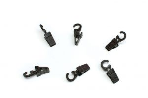 Plastic clips with hook for wooden curtain rod wenge